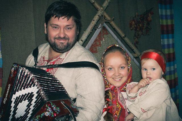 У супругов Мусатовых, создавших группу «Шай-Май», растёт смена. Фото: Евгений Климов