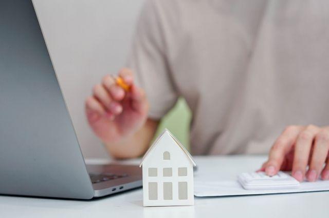 Россельхозбанк запустил рефинансирование ипотеки с возможностью получения дополнительной суммы на иные цели.