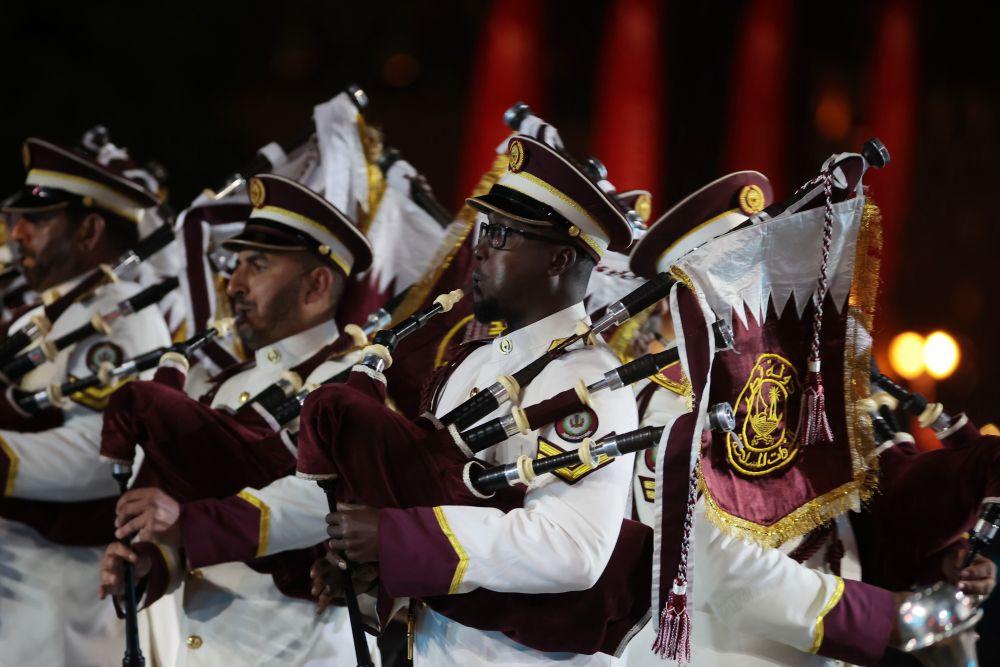 Военный оркестр Вооружённых сил Катара на торжественной церемонии закрытия XIV Международного военно-музыкального фестиваля