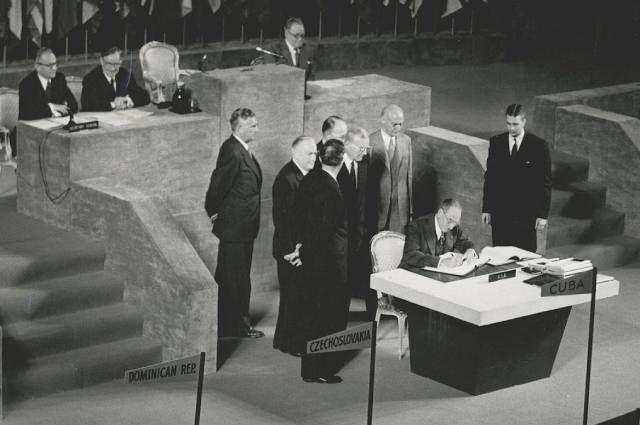 Подписание мирного договора с Японией, Сан-Франциско, 8 сентября 1951 года.