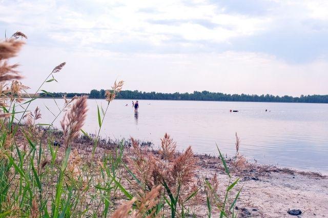 С 2011 года Соленое озеро - природный памятник регионального значения.