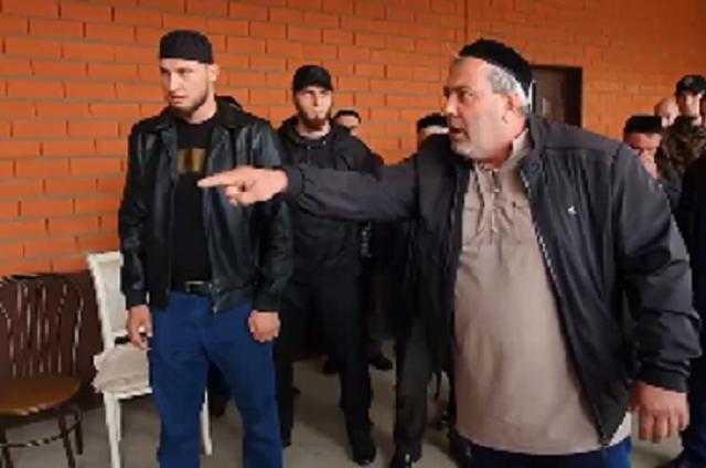 Род Арснукаевых объявил двум семьям кровную месть