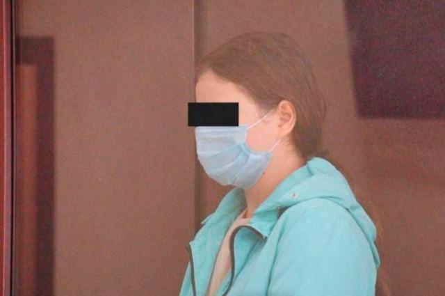 После выписки из больницы учительницу отправили под домашний арест.