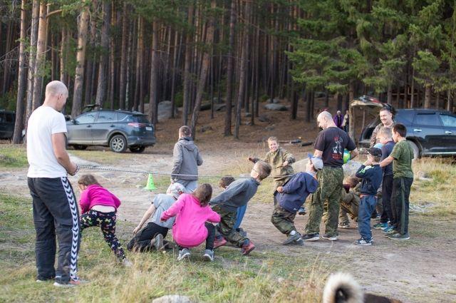 Подход к особым детям Вячеслав нашёл с помощью своих дочерей.