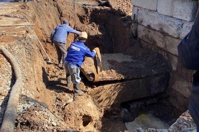 Водоснабжение в орском поселке ОЗТП после аварии восстановили рано утром 12 сентября.