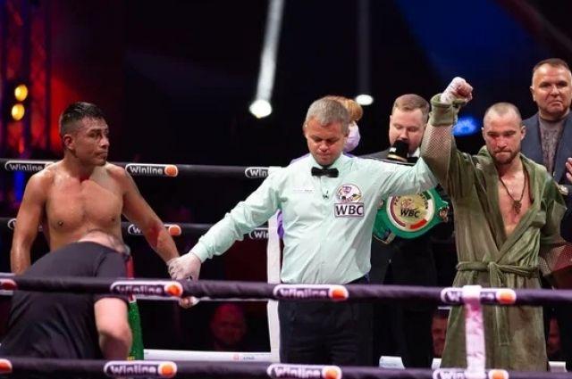 Александр Беспутин стал обладателем пояса WBC Peace в полусреднем весе.