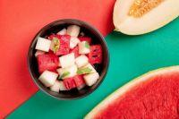 Фруктовый салат с арбузом и дыней: рецепт вкусного блюда.
