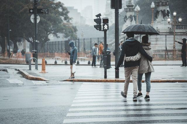 В некоторых районах - дождь