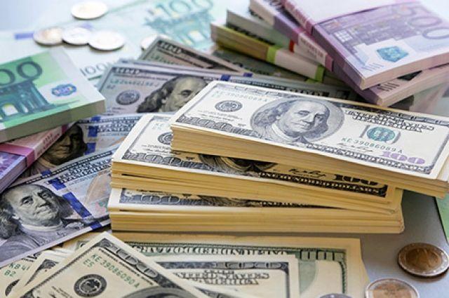 Курс валют на 14 сентября: доллар дорожает, евро значительно подешевел