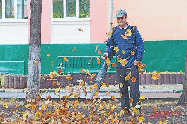 В Бузулуке компания не оплатила 12 рабочим уборку вокзала.
