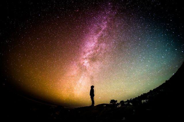 Жители Югры несколько раз видели падение космических гостей