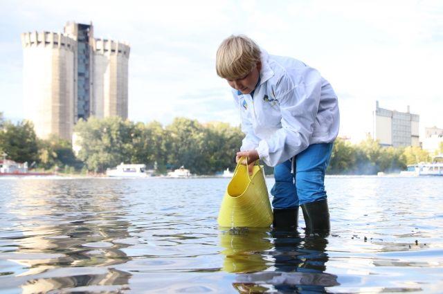 Реализовывать важные экологические инициативы помогают даже дети.
