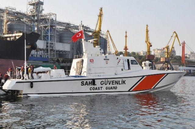 В порт Одессы зашел катер береговой охраны Турции.