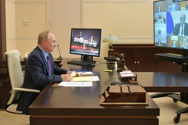 Путин: многие решения по развитию страны были инициированы Единой Россией