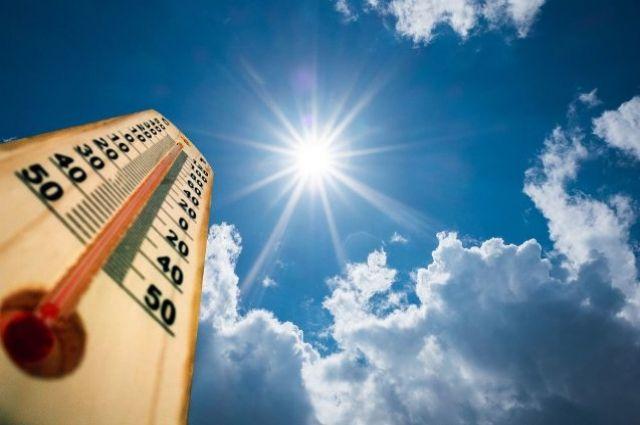 Количество чрезвычайно жарких дней на Земле увеличилось вдвое.
