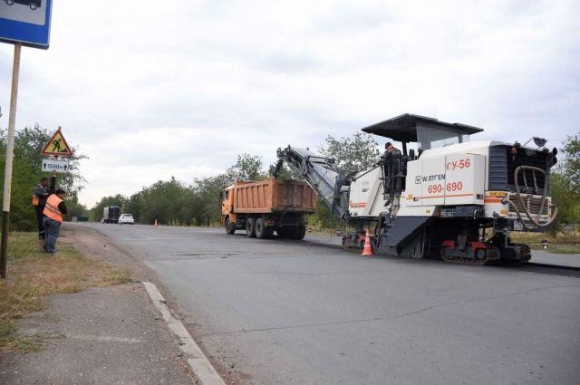 В Ростошах начата работа по ремонту улицы Ростошинской.