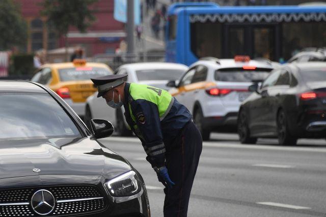 МВД опровергло информацию об ужесточении наказания за шторки в автомобилях