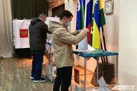 Жители голосуют на участках