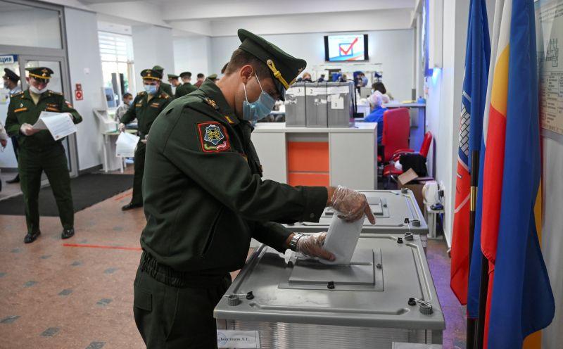 Во время голосования на выборах депутатов Государственной Думы РФ в Ростове-на-Дону