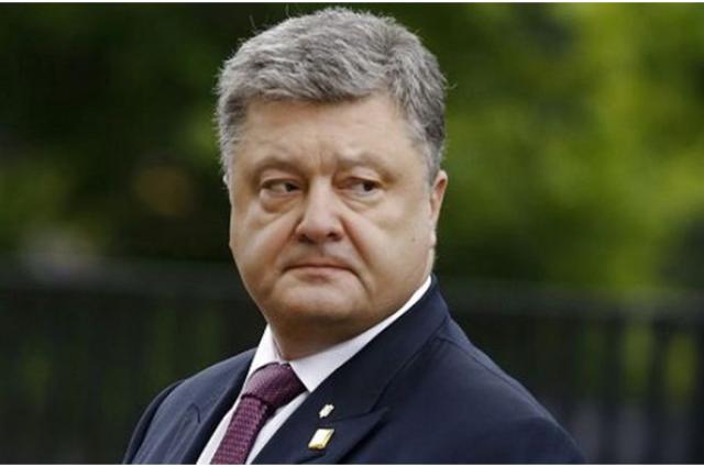 Порошенко пришлось бежать от вопроса ветерана АТО про коррупцию, – блоггер