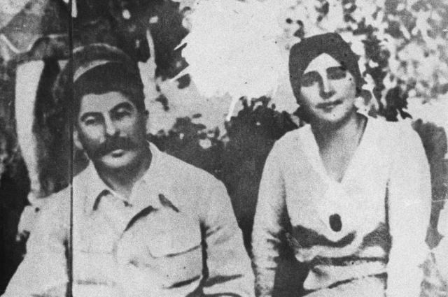 Она была не эй. Почему Аллилуева  одна из самых несчастных женщин в СССР