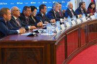 Брифинг наблюдателей на выборах в Госдуму в Центральной избирательной комиссии РФ в Москве во время предварительного подведения итогов выборов депутатов Госдумы восьмого созыва.