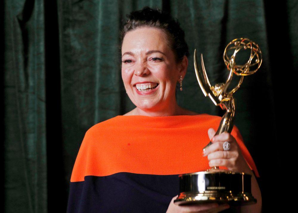 Актриса Оливия Колман получила премию «Эмми» за лучшие женскую роль в драматическом сериале «Корона»