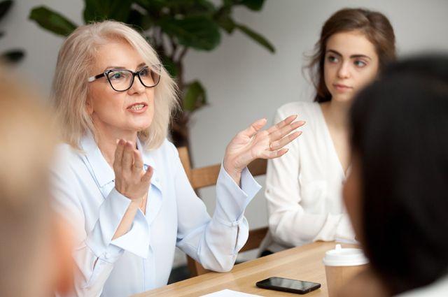 Деловые дамы. Что помогает развитию женского бизнеса в России