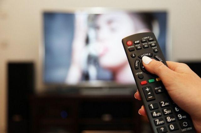 Врачи рассказали, как правильно смотреть телевизор.