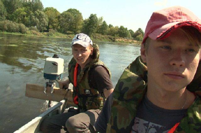 Во время съёмок герои фильма сплавлялись по реке