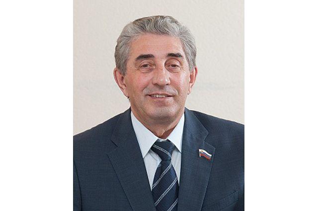 Спикер Заксобрания Оренбуржья Сергей Грачев отказался от мандата Госдумы.