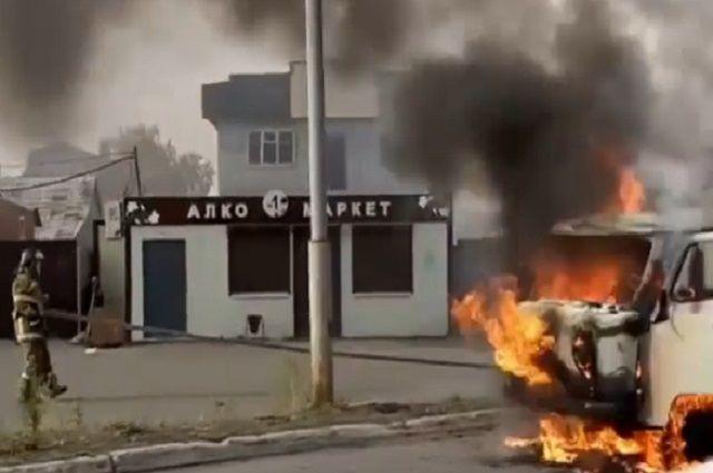 «УАЗ» загорелся на трассе Петропавловск-Камчатский-Мильково