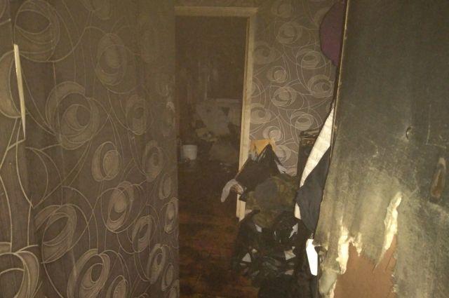Шесть человек спасли на пожаре в пятиэтажке на Комиссарова во Владимире