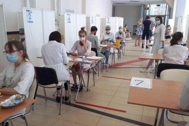 Пункты вакцинации от COVID в Пскове и Великих Луках изменят режим работы