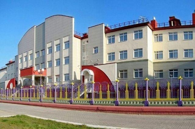 В школах Салехарда установят терминалы бесконтактного доступа