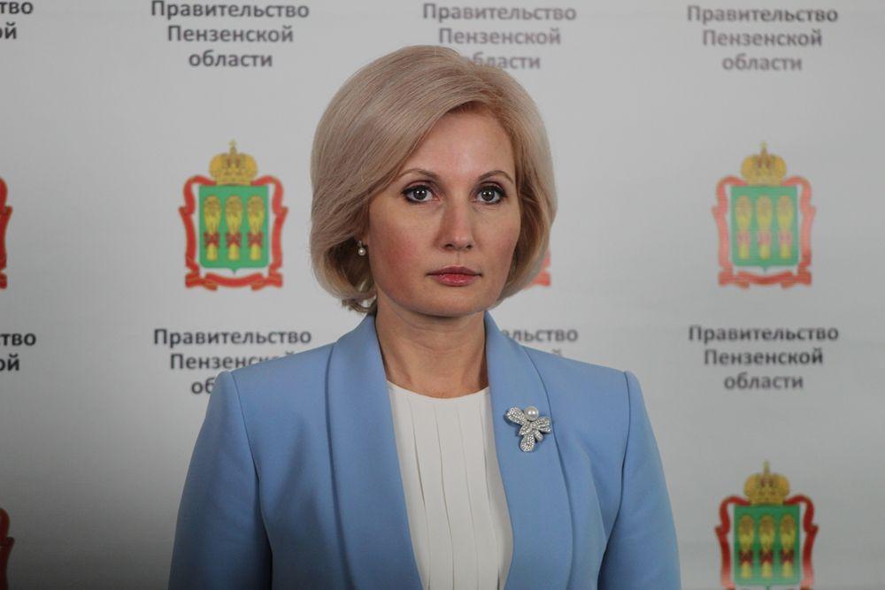 Мандат депутата Госдумы РФ Олег Мельниченко отдал Ольге Баталиной.