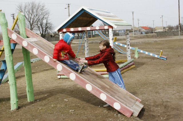Сегодня ТОСы в основном отрабатывают проекты по новым детским площадкам.