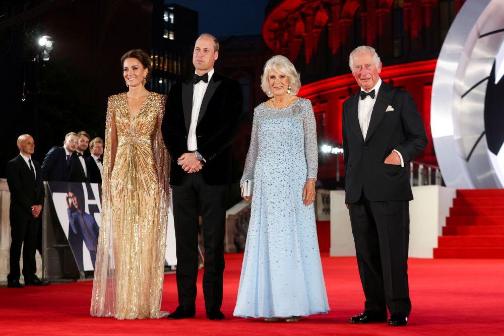 Герцогиня Кембриджская Кэтрин, герцог Кембриджский Уильям, герцогиня Корнуольская Камилла и принц Уэльский Чарльз (слева направо)