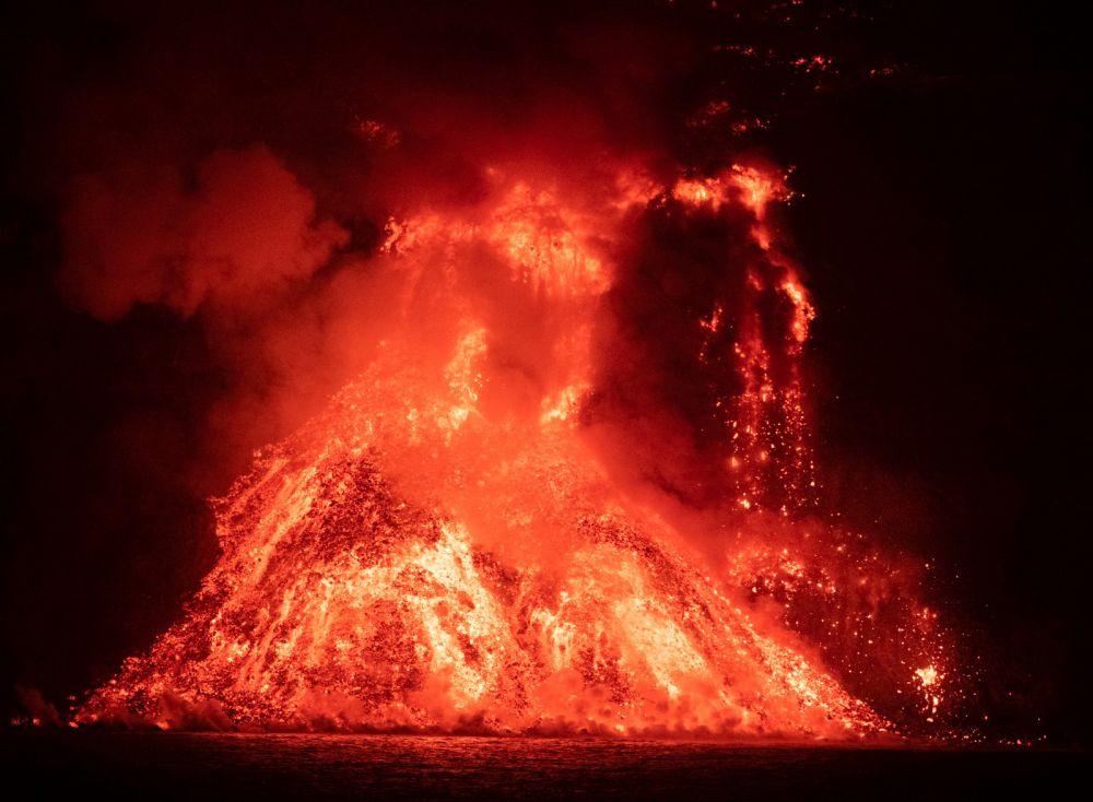 Лава сожгла банановые плантации в Пуэрто-Наос, Эль-Ремо и Ла-Бомбилье