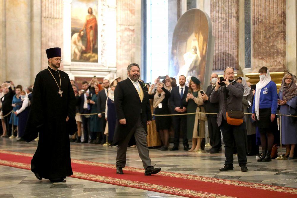 Потомок династии Романовых Георгий Михайлович перед церемонией венчания его с гражданкой Италии Ребеккой Беттарини в Исаакиевском соборе