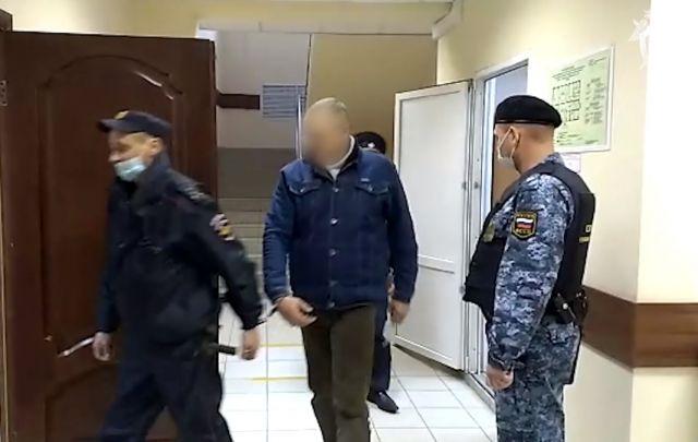 На время расследования дела мужчину взяли под арест.