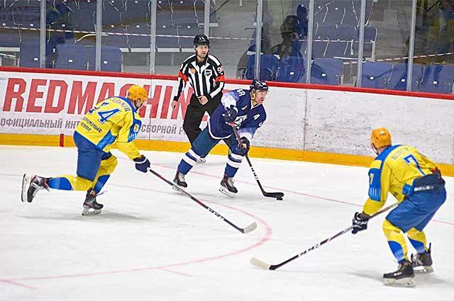 Первый матч «Динамо-Алтай» проиграл «Челнам» 3:4.