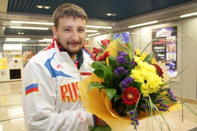 На Паралимпийских играх в Токио Артур Юсупов завоевал золотую медаль.
