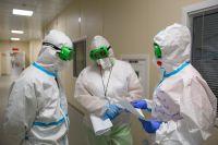 За минувшую неделю коэффициент распространения коронавируса удалось немного снизить.
