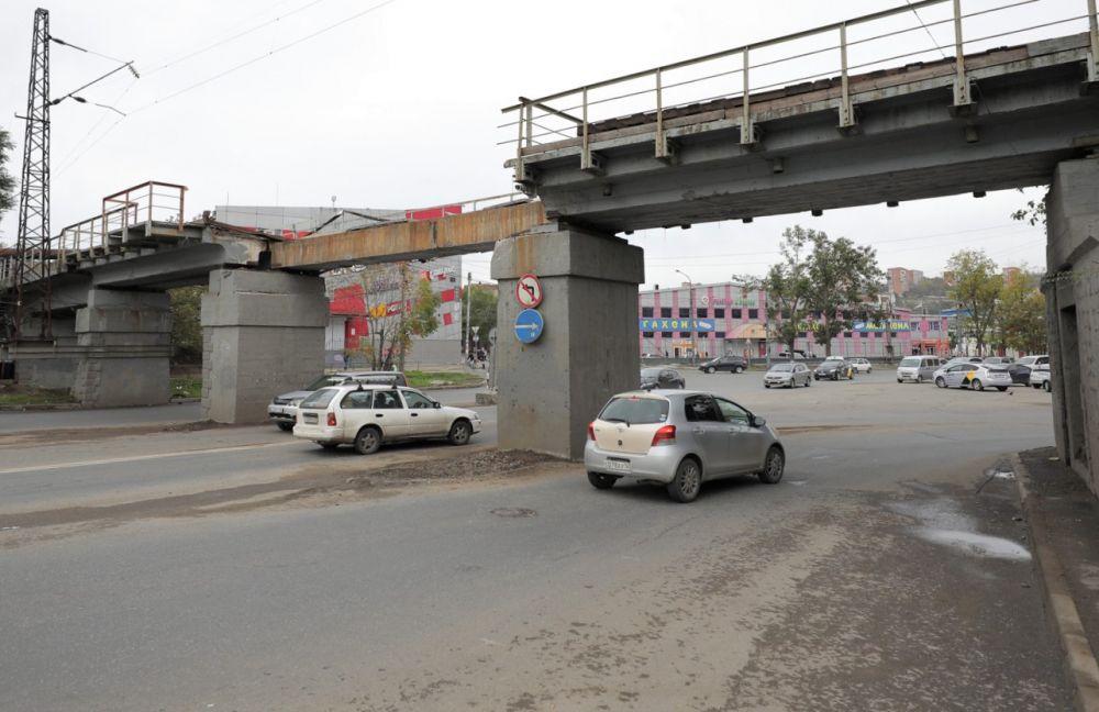 Движение транспорта на площади Луговой полностью восстановлено