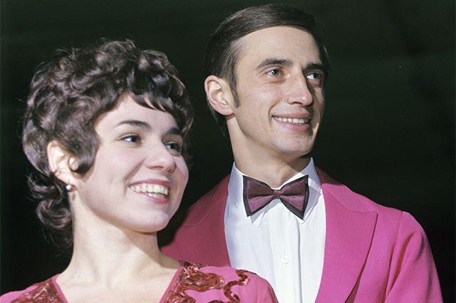 Советские фигуристы Людмила Пахомова и Александр Горшков. 1972 год.