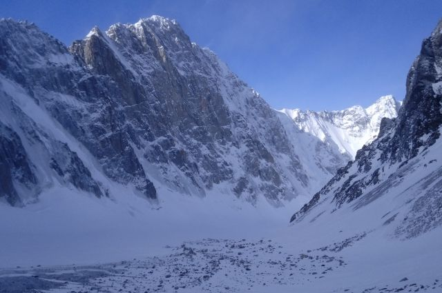 По словам альпиниста Максима Труфанова, горы – это всегда форс-мажор