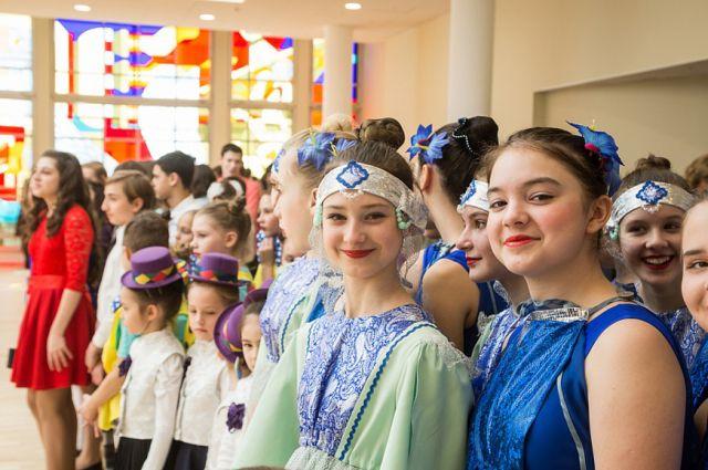 В обновлённом детско-юношеском центре можно заниматься и в творческих коллективах, и в спортивных секциях.