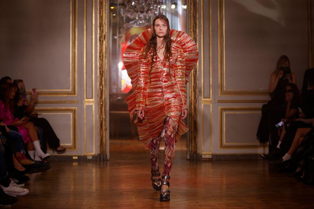 Показ коллекции Charles de Vilmorin на Неделе моды в Париже