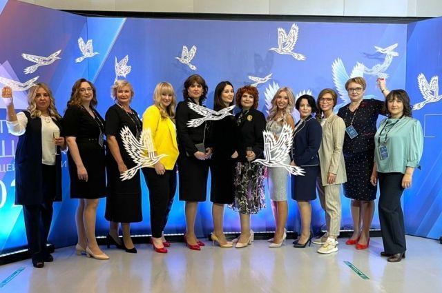 Лучшими признаны 15 женщин.